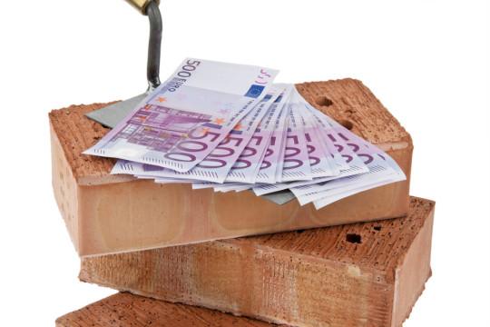 photodune-1860468-construction-financing-building-society-bricks-s.jpg