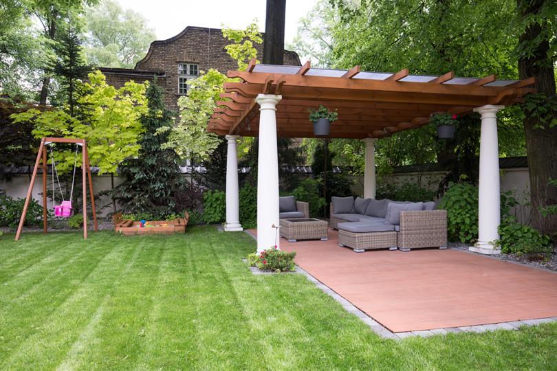Bauunternehmen24-Gartenpavillon-Eigenleistung-hilft-beim-Sparen.jpg